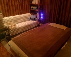 夜間の施術室